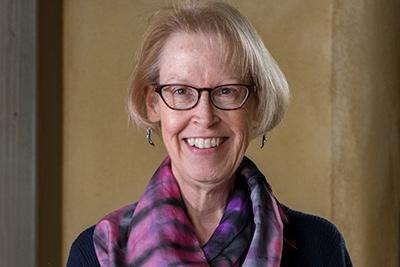 Kathy Eason headshot