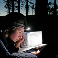 Reading the Pacific Crest Trail guidebook. Photo by Philipp Kobel