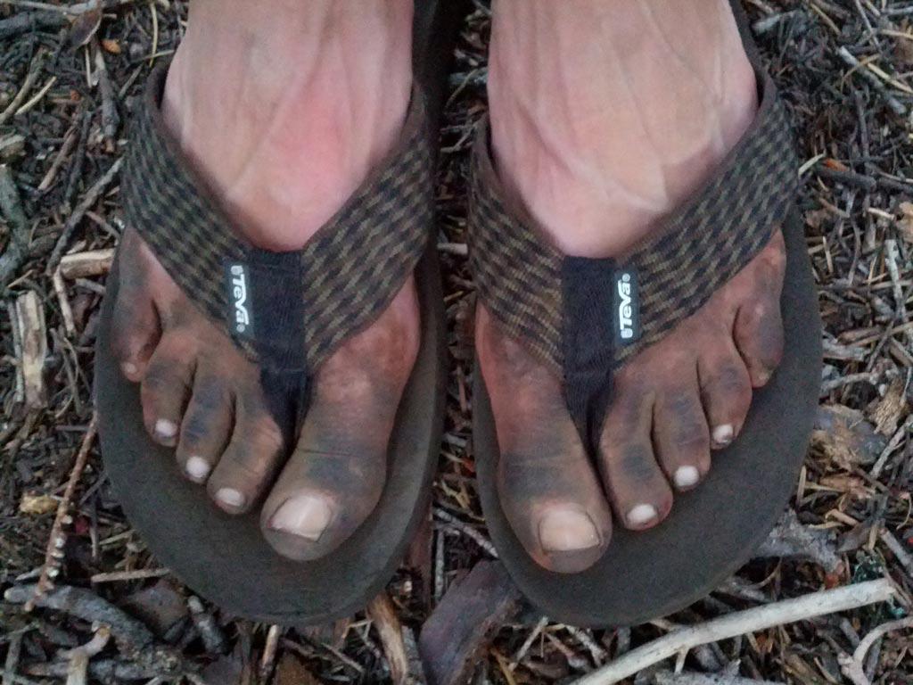 hiker-feet