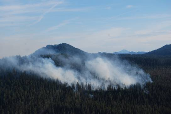 Pumice Flat Fire - 7.28.14 - Photo by Crater Lake National Park