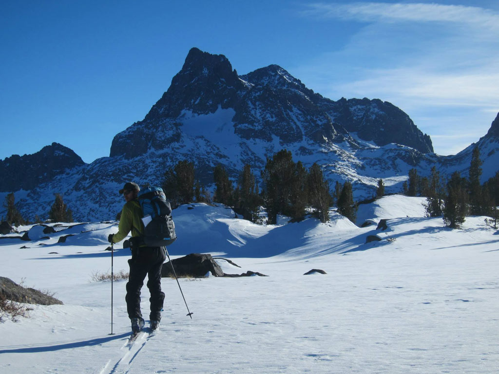 Winter thru-hike on the PCT/JMT segment below the Ritter Range.