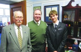 Don and his grandson, Ryan Peacock, visit former California Rep. Dan Lungren during a Hike the Hill trip in Washington D.C. (PCTA file photo)