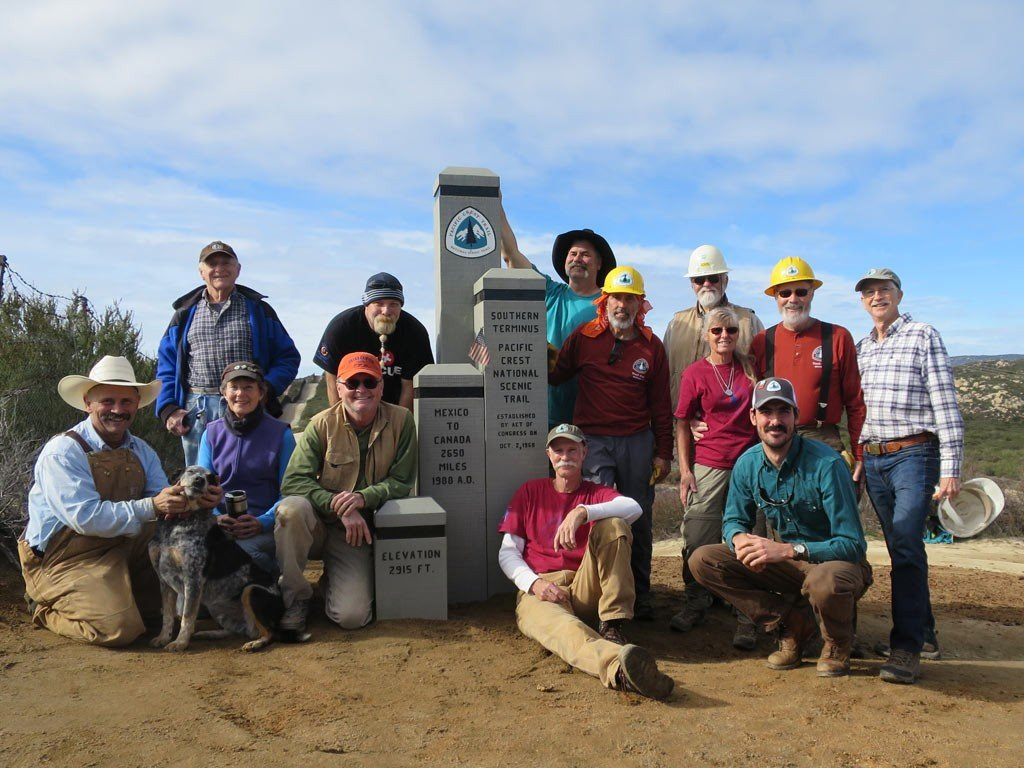 volunteers-who-replaced-the-southern-terminus-monument-on-the-pct
