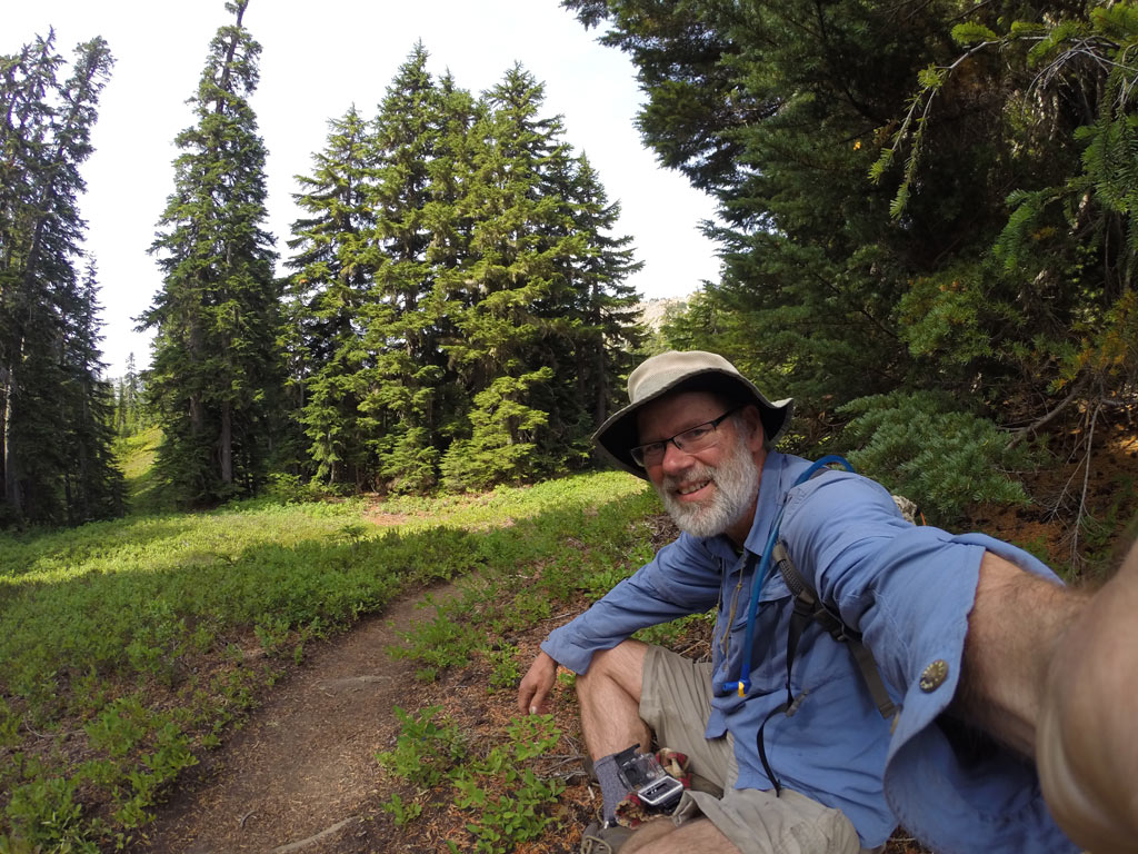 a-selfie-on-the-pacific-crest-trail