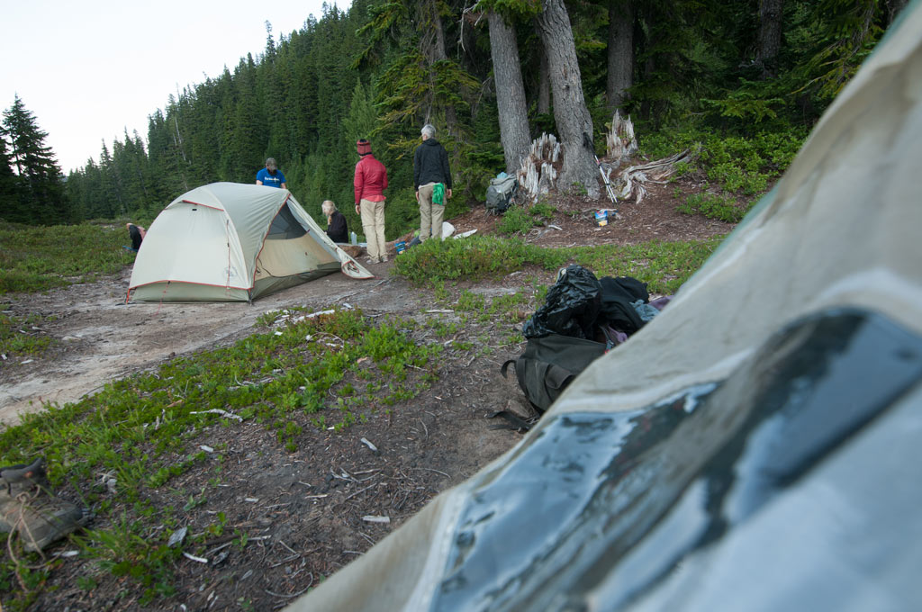 campsite-on-the-pacific-crest-trail-in-alpine-lakes-wilderness