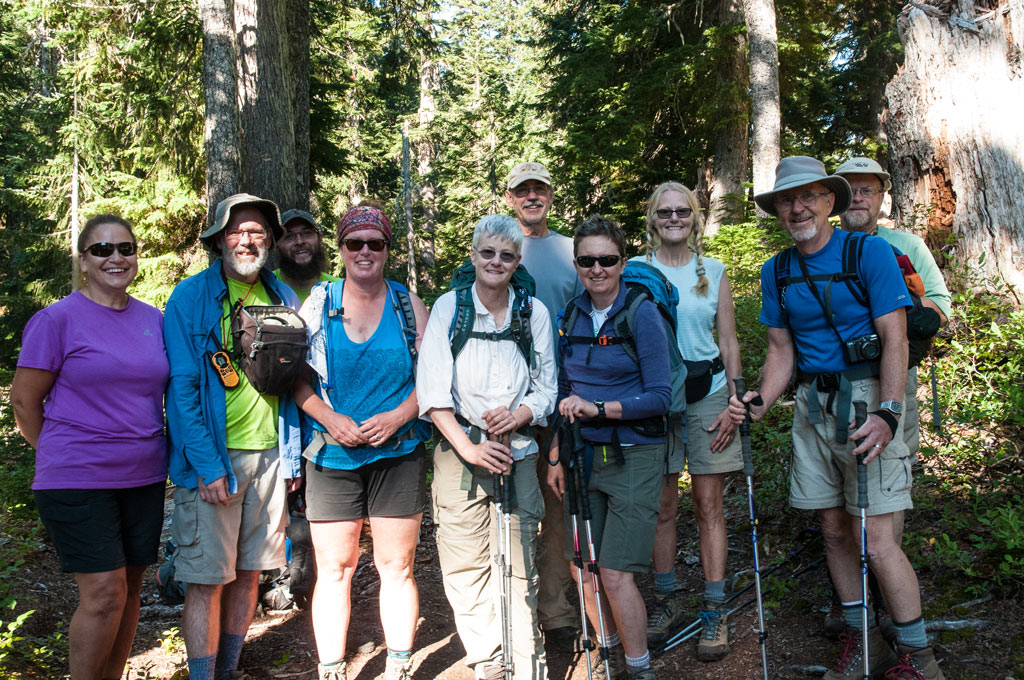 group-of-hikers-smiling