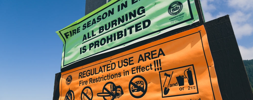 Don't expect to see many signs on the PCT telling you what the fire restrictions are. But be sure to read all signs that you pass by anyways. Photo by Tony Webster (CC BY-SA 2.0)