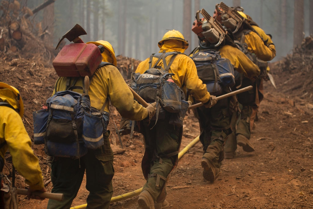 Hot shot crews heading out to fight fire on Klamath National Forest. U.S. Forest Service photo by Kari Greer.
