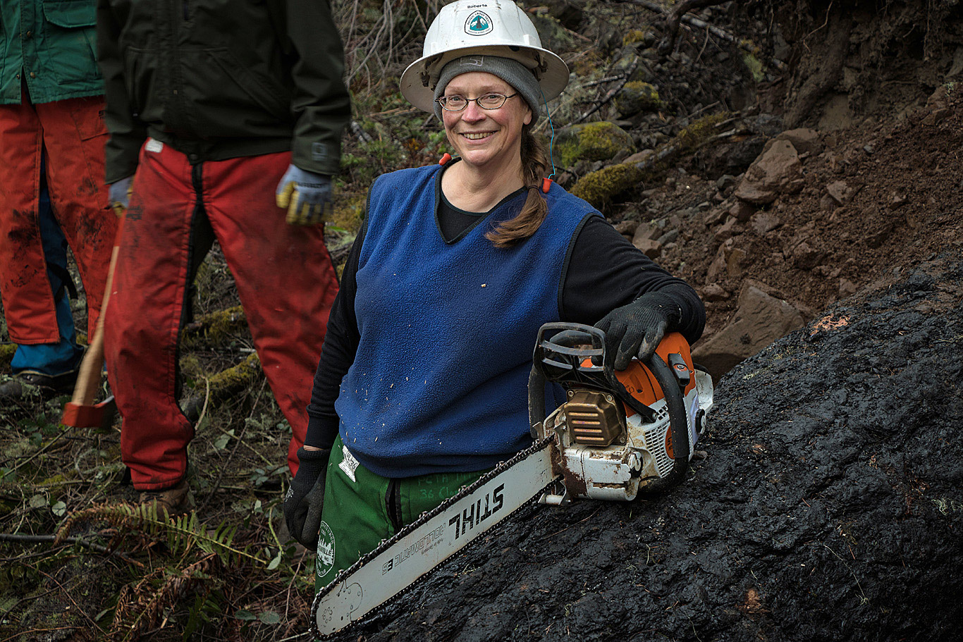 Roberta Cobb helped lead the passionate and skilled volunteers of the PCTA Mt. Hood Chapter to quickly reopen the PCT and other trails. Photo by Terry Hill